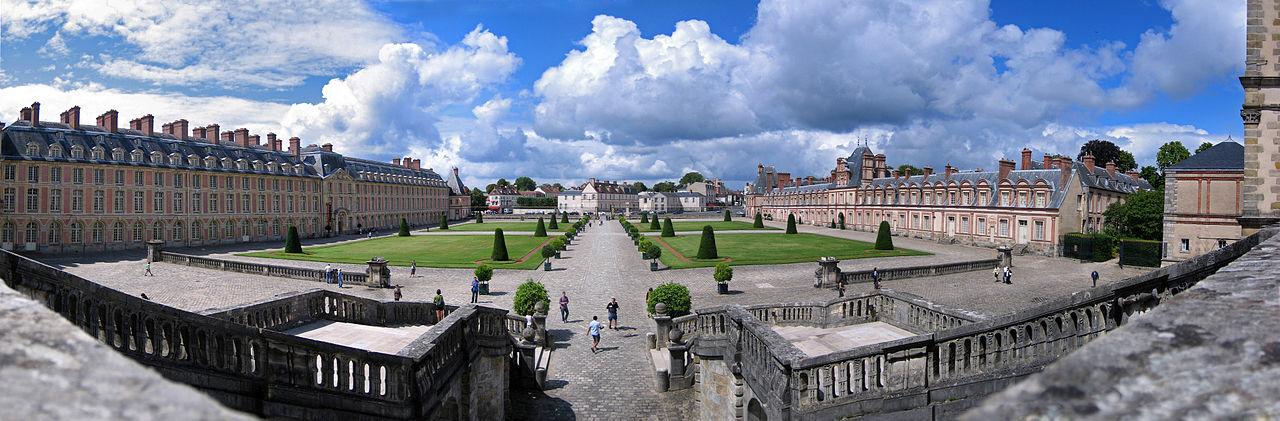 Chateau Fontainebleay Amada44 CCO Public domain