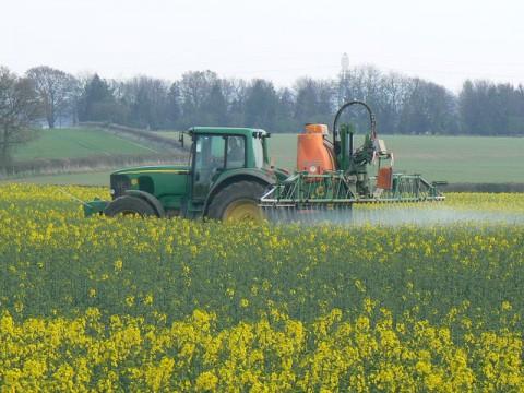 Herbicide ©GeographyBot CC0